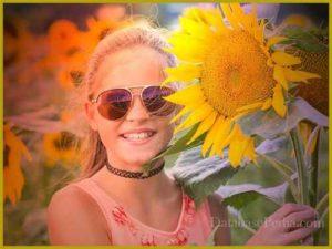 fotos felices de niña con estilo