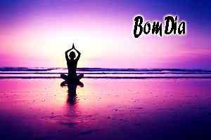 imagem de ioga superior com bom dia papel de parede